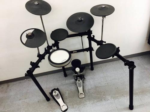 ドラムの電子ドラム