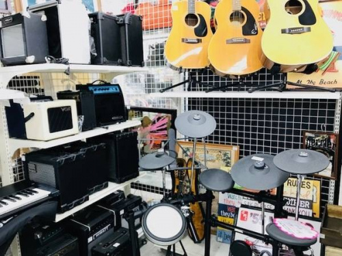 サイレントギター