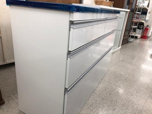 カップボード・食器棚のキッチンカウンター