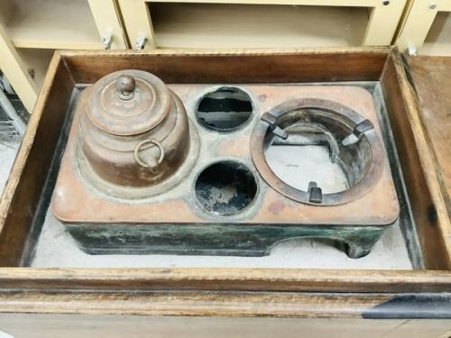 インテリア小物の長火鉢セット