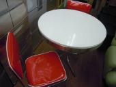 家具のダイニングテーブルセット