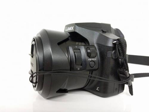 デジタルカメラのレンズ一体型