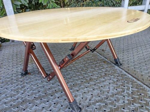 テーブルのColeman