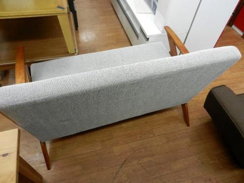 2人掛けソファーの立川中古家具