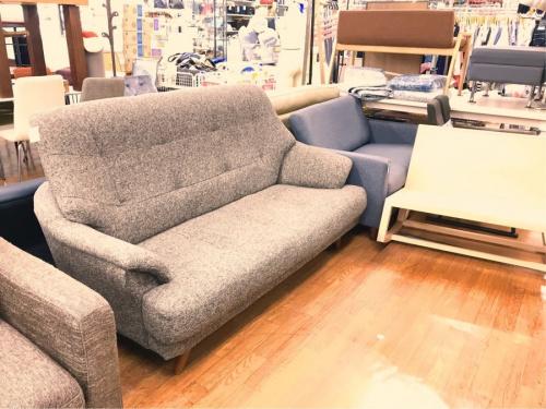 3人掛けソファーのNOCE