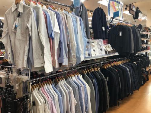 ビジネススーツのスーツ