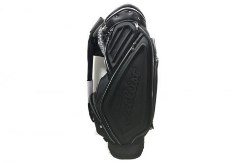 ゴルフのMercedes-Benz×Titleist
