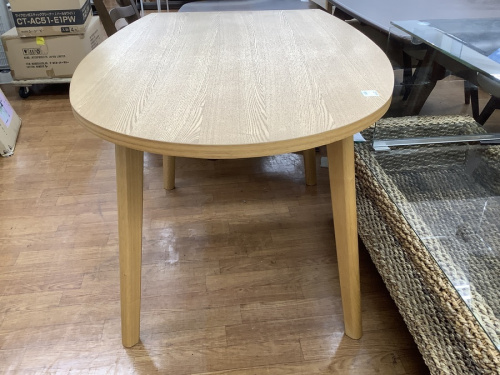 テーブルのFrancfranc