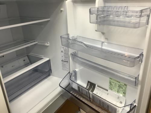 AQUAの3ドア冷蔵庫