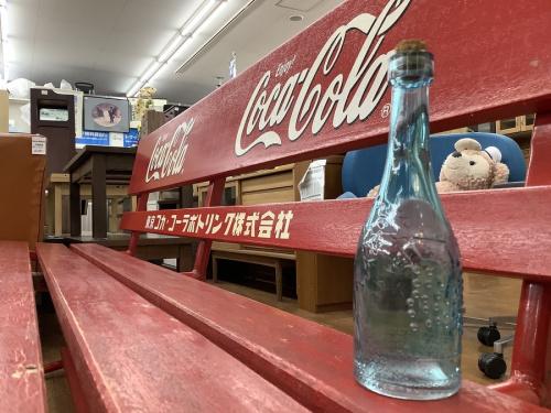 コカ・コーラの立川中古家具