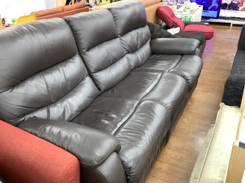 ニトリの電動リクライニングソファー