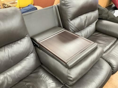 電動リクライニングソファーの立川中古家具