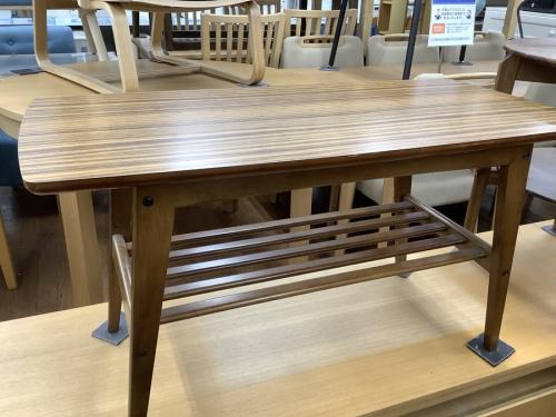 カリモクのリビングテーブル