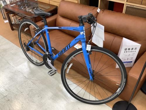 スポーツ用品のクロスバイク 自転車