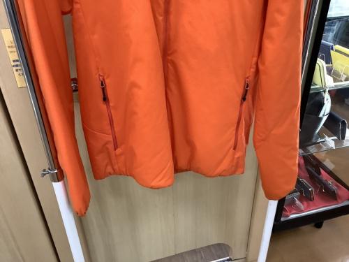 THE NORTH FACE(ザ・ノース・フェイス)の立川 洋服 衣類 買取