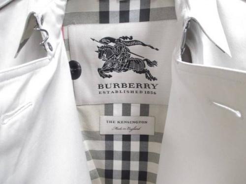 バーバリーのバーバリー(BURBERRY)