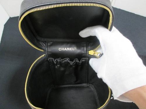 CHANELのバニティバッグ