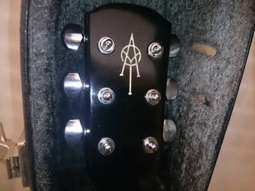 ギターのアコギ