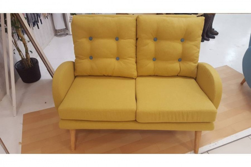 2人掛けソファーの南柏