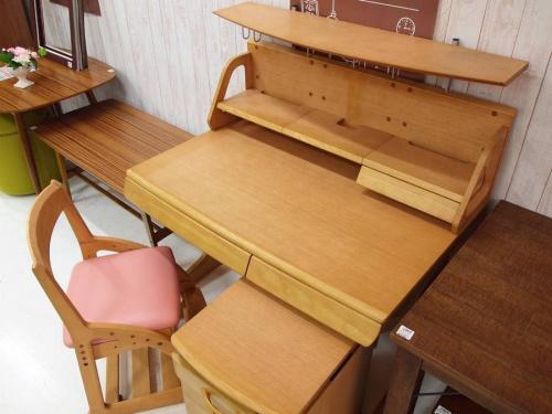 家具・インテリアの学習机