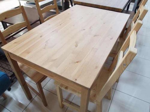 ダイニングテーブルのダイニング5点セット