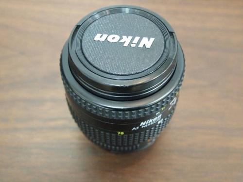 カメラ用品のNicon