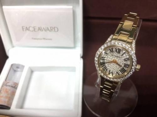 腕時計のスワロフスキー