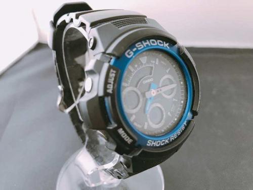 腕時計のクオーツ