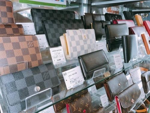 財布 バッグのハイブランド