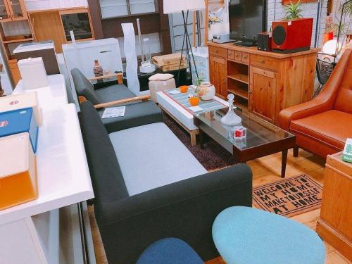キッチンカウンターのソファー