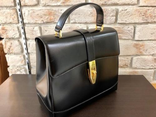 カジュアルバッグの2WAYバッグ