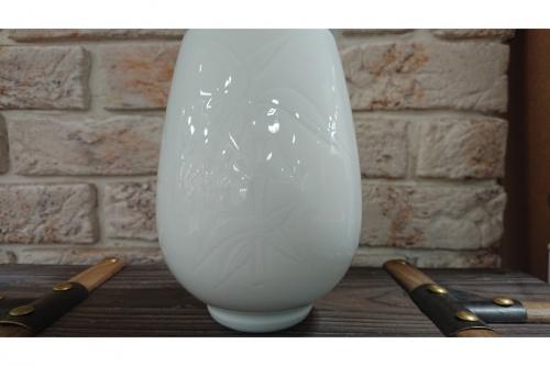 和食器の花瓶