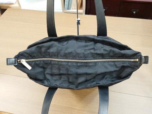 バッグのナイロントートバッグ