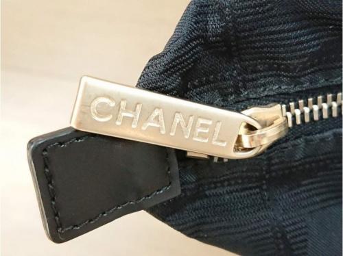 CHANELのブラック