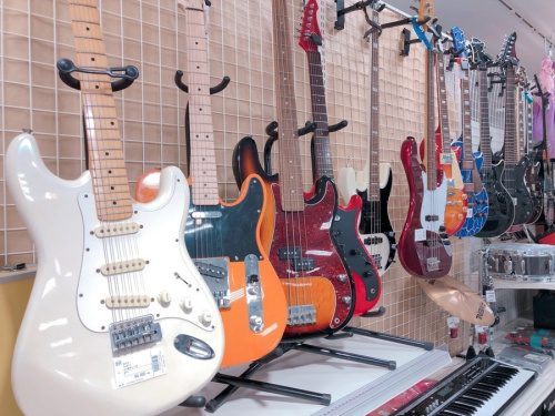 アンプのギターアンプ