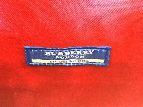BURBERRY BLUE LABELのブラック