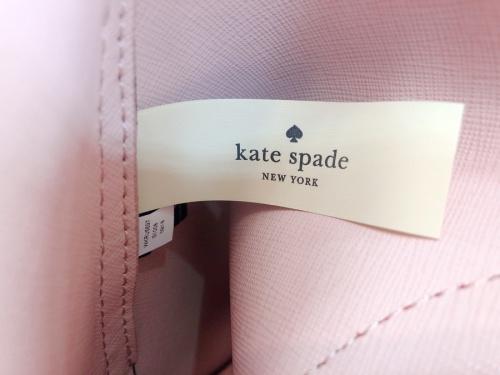 2つ折り財布のKATE SPADE