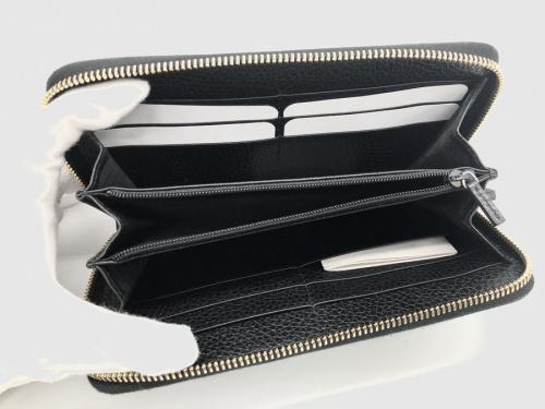 財布のラウンドファスナーウォレット