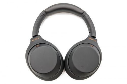 BluetoothヘッドホンのSONY