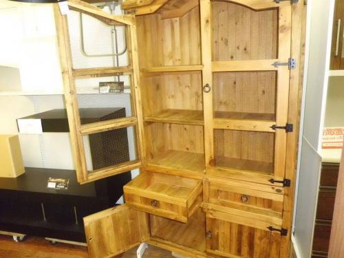 食器棚のキッチンボード