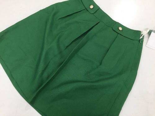 シャツワンピースのスカート