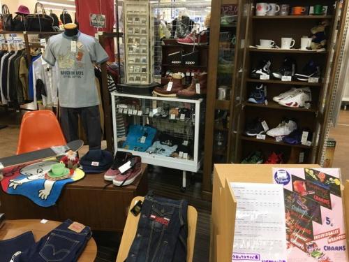 HAGLOFSの北越谷店