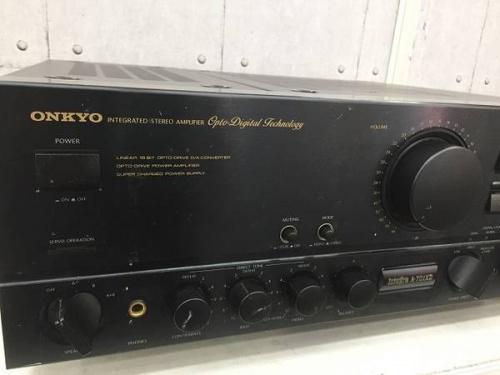 デジタル家電のアンプ
