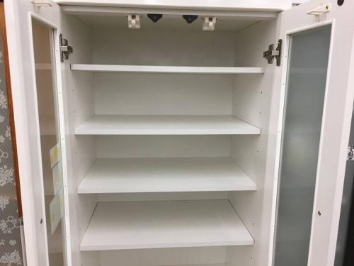 食器棚の2枚扉食器棚