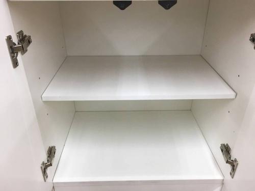 2枚扉食器棚の越谷