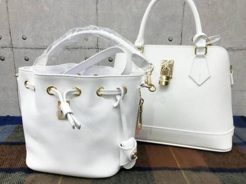 Samantha Vegaのバッグ