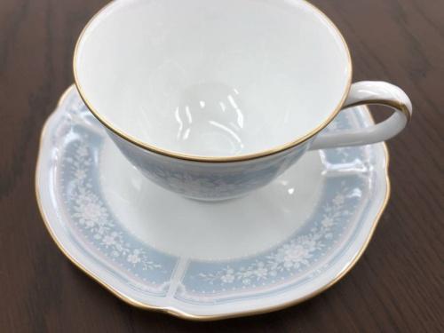 Noritakeのカップ&ソーサー
