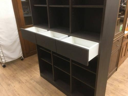 本棚のニトリ