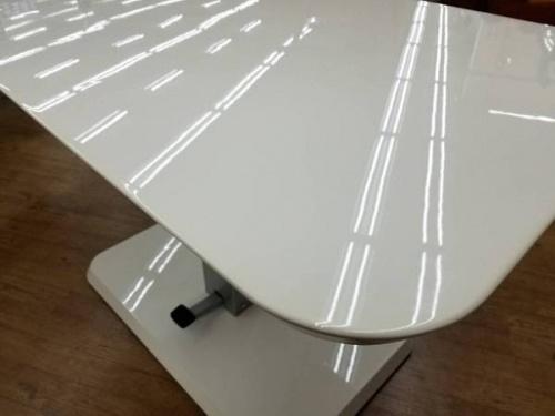 リフティングテーブルのニトリ