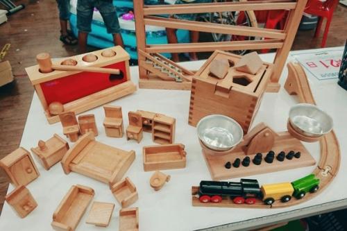 ホビーの木製